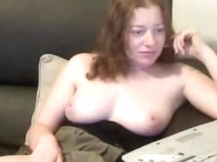 I rub my clit and pussy until I came in front of the webcam