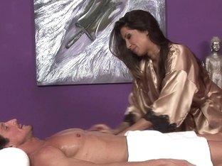 Massage-Parlor: The Stunt Guy