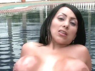 Fucking in the pool