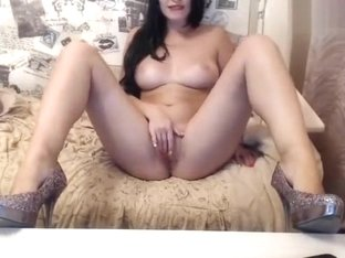 Hot and seductive brunette Hotcam20
