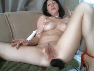Babe has a sex toy in her sweet ass