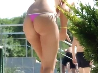 That dazzling ass is made with squats