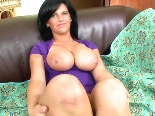 A gorgeous MILF sucks off a repulsive man