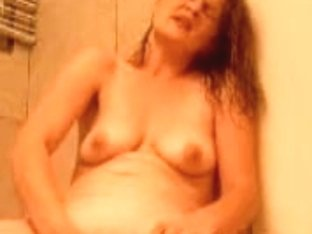 Fingering in the bathroom is the neighbour's favorite ocupation