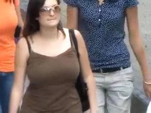 Hidden cam films unsuspecting chicks with big tits