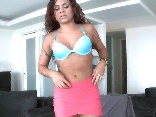 Pretty Latin curve Sasha Deleon demonstrates her boobs