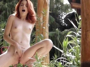 21Naturals Video: Scarlet
