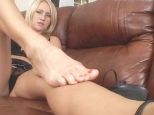 Under-Feet Video: Lera