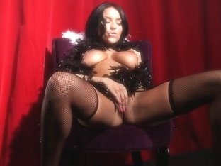 Shes Gonna Squirt: Burlesque Excess