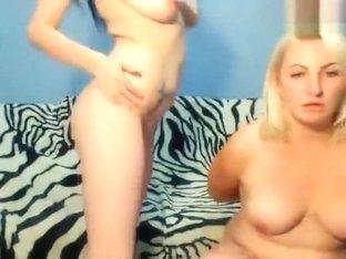 2kittiess: two naked girls