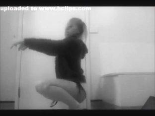 Hottest ass pop cam dance record