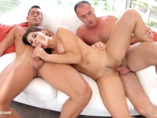 Allinternal Billie Star plays with a dildo and gets DPed on the couch by two studs