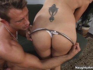 Zoey Holloway & Bill Bailey in Seduced by a Cougar
