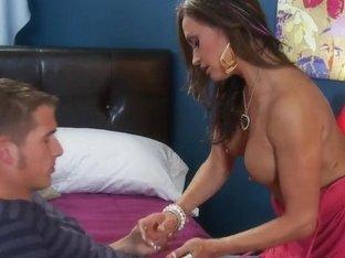 Chris Johnson heats up Claudia Valentine's tube