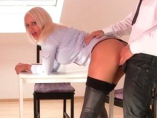 I'm shagging with my bf in this hot amateur blonde clip