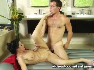 Incredible pornstars India Summer, Robby Echo in Fabulous Small Tits, Natural Tits adult video