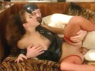 Horny Ladies...F70