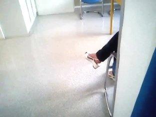Public Feet 18