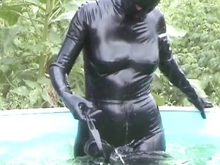 Latex Outdoor Pool