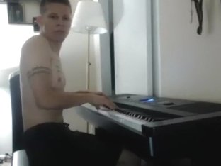 dillonanderson secret clip 07/11/2015 from chaturbate