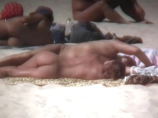 Nudist beach keeps amazing us with fit naked women