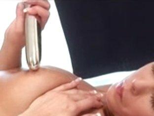 Hawt Dark Brown enjoying her sex toy