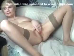 kinky_momy secret video 07/11/15 on 15:51 from MyFreecams
