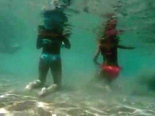 Milf Thong underwater