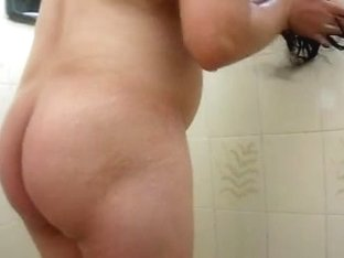Big hairy pussy surprise