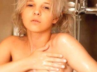 Shaving of beautiful 18yo blonde hole