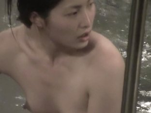 Small titted Japanese girl gets her nips on spy camera nri093 00