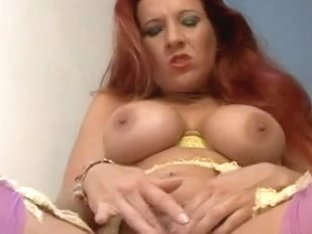 British wench Faye Rampton plays with herself on the stairs