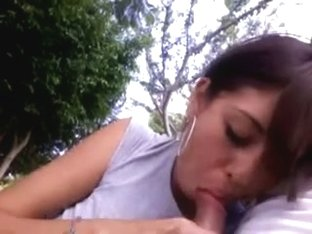 Latin GF gives me a BJ in the park