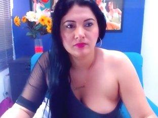 sensual_dana non-professional record on 07/06/15 14:40 from chaturbate