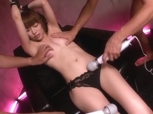 Mau Morikawa in First Squirting Massive Splash part 3.1