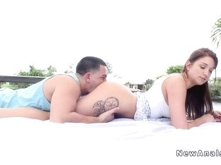 Big booty gf gets big dick in the ass outdoor