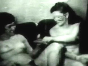 Retro Porn Archive Video: Golden Age Erotica 08 04