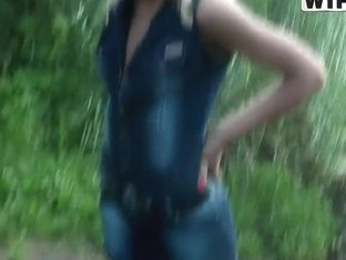 This blonde chick is all about to suck outdoors