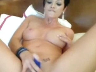sexy camgirl with anal sex-toy
