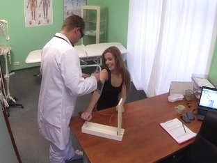 FakeHospital Hot 20s gymnast seduced by doctor and give