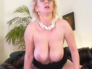 Large breasted mother I'd like to fuck Kimmy acquires drilled on a green bed