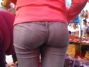 Tight buttocks in jeans hypnotized me