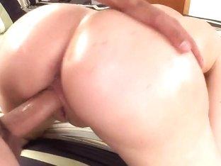 MILF slut Heidi Mayne fucks with a younger dude