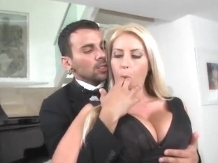 Busty Chantelle Sky give sit tot her piano teacher