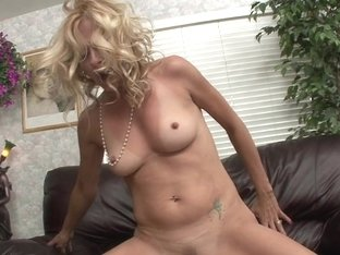Blonde Mom Payton Leigh Rides Cock