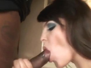 Bobbi Starr giving deep throat to ebony thug