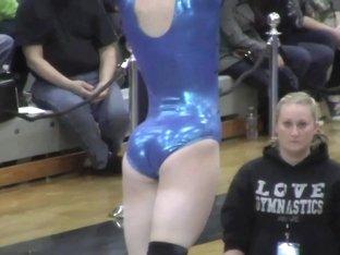 Lovely gymnast !