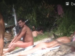 Nude beach voyeur video demonstrated cocks and pussies
