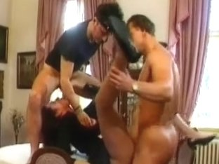 hot maid double permeated by 2 thiefs!