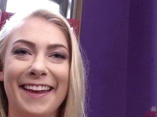 Ellie Ice : Interview Movie